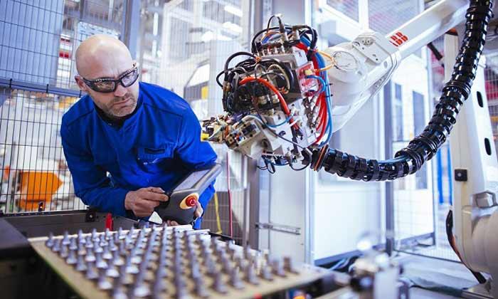 safran inaugure une ligne automatis u00e9e de fabrication de